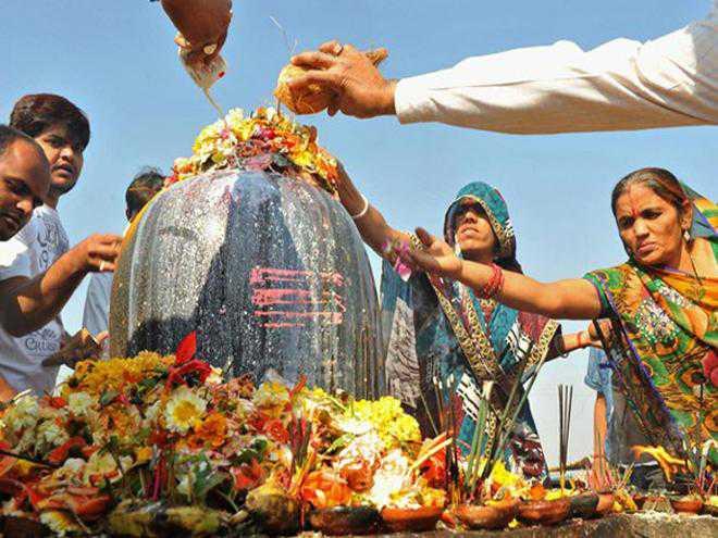 Nageshwar-Temple-Lord-Shiva-Jyotirlinga-Shivrathri