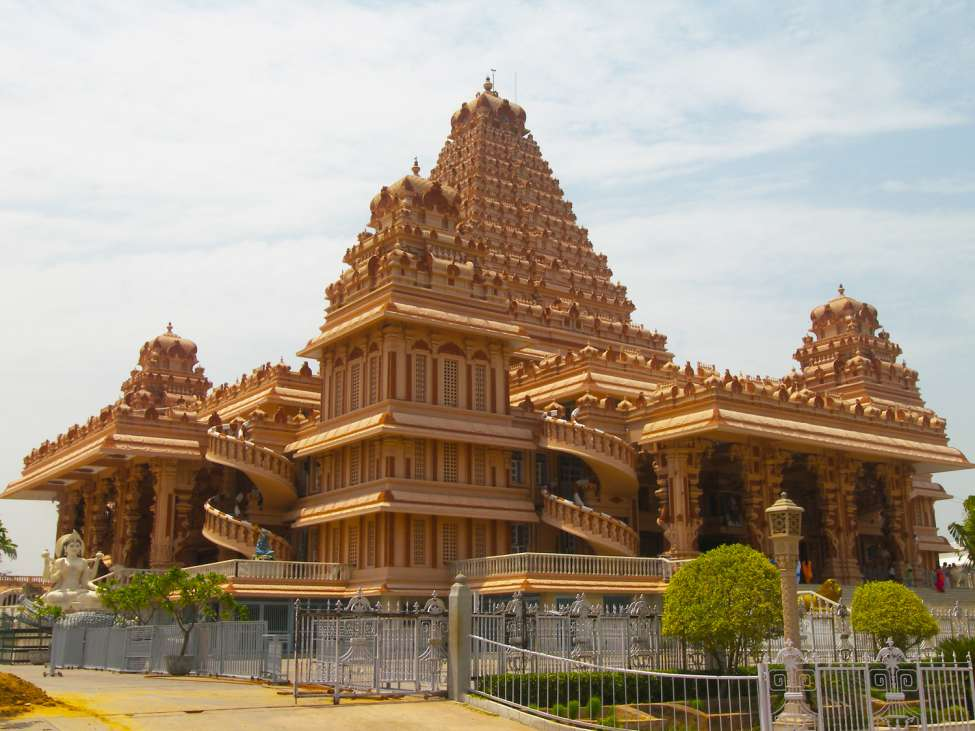 Chhatarpur Temple, Delhi