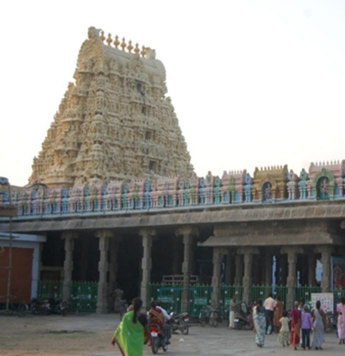 Sri Nilathingal Thundathan Perumal Temple,Tamil Nadu