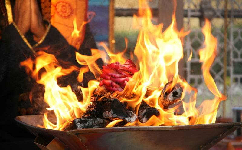 Agni - The Significance and Story of The Fire God in ...
