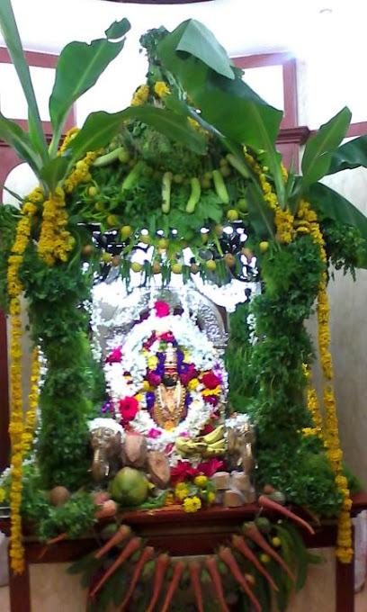 mandhardevi temple maharashtra info timings photos
