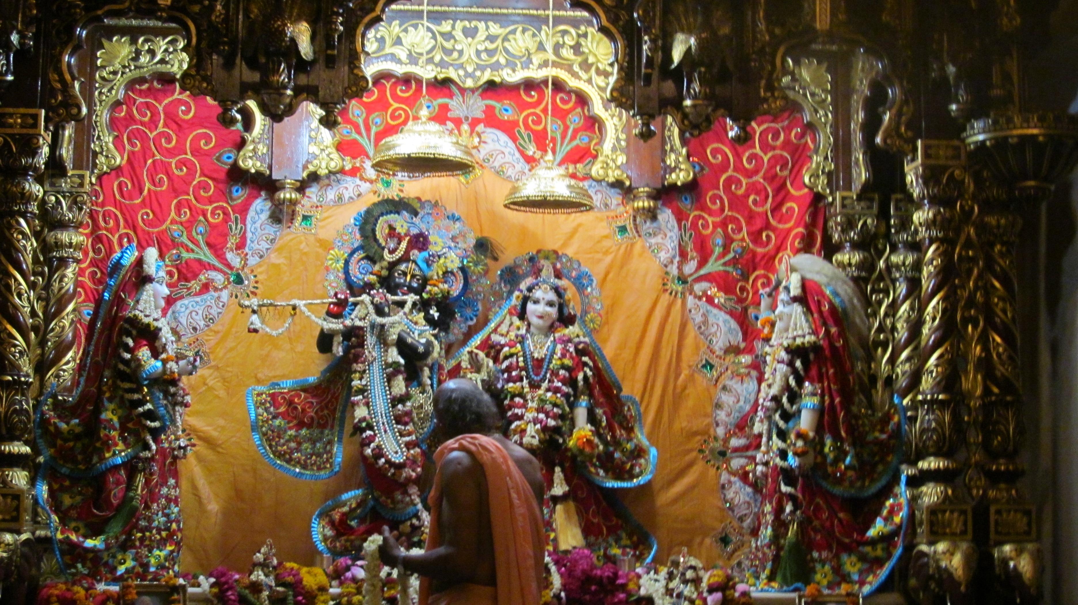 Bankey Bihari Temple Vrindavan Timings History Puja Info Photos