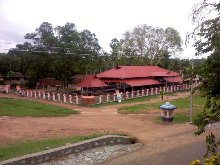 Poovattoor Bhagavathy Temple, Kerala