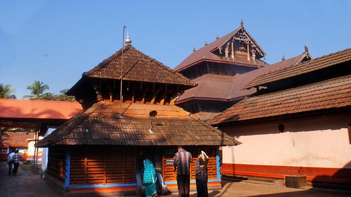 Lokanarkavu Temple, Kerala