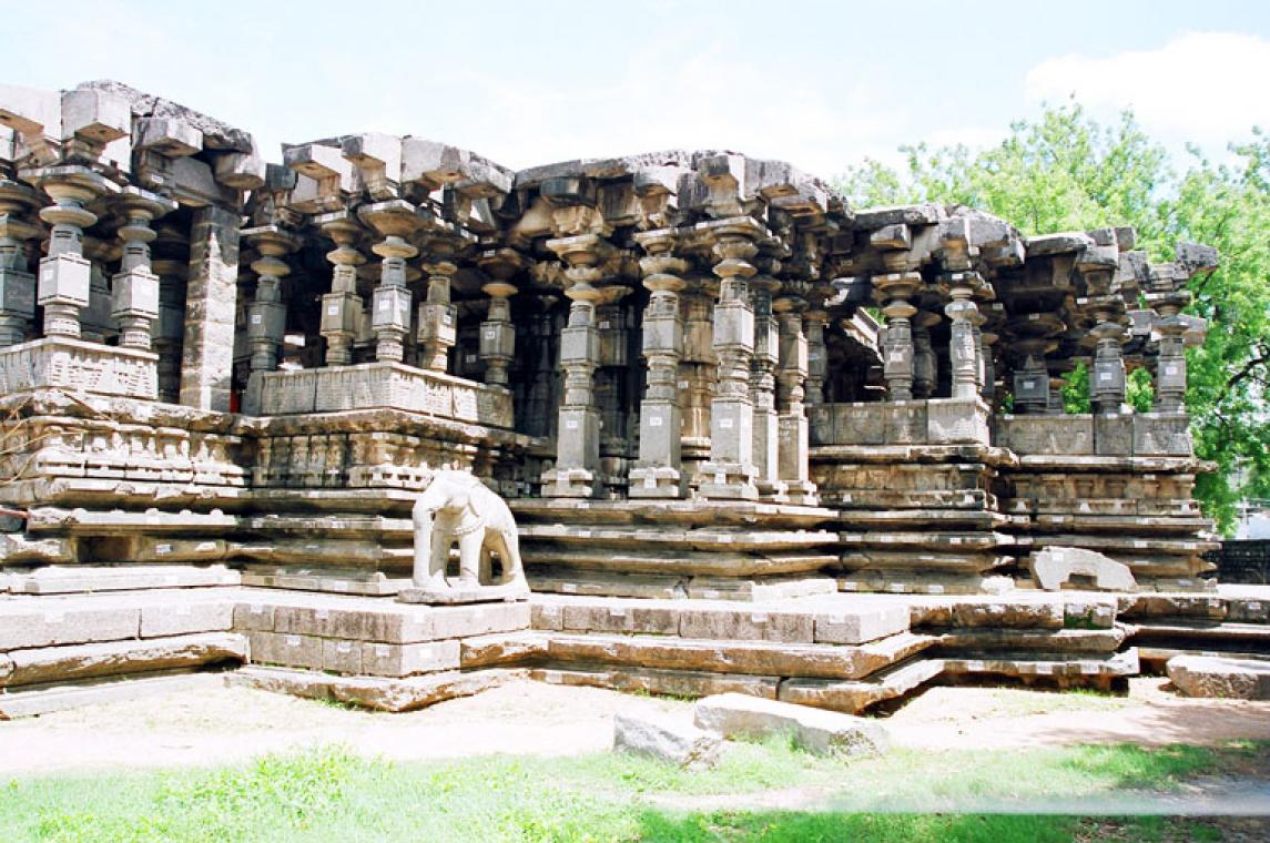 Thousand Pillar Temple, Warangal