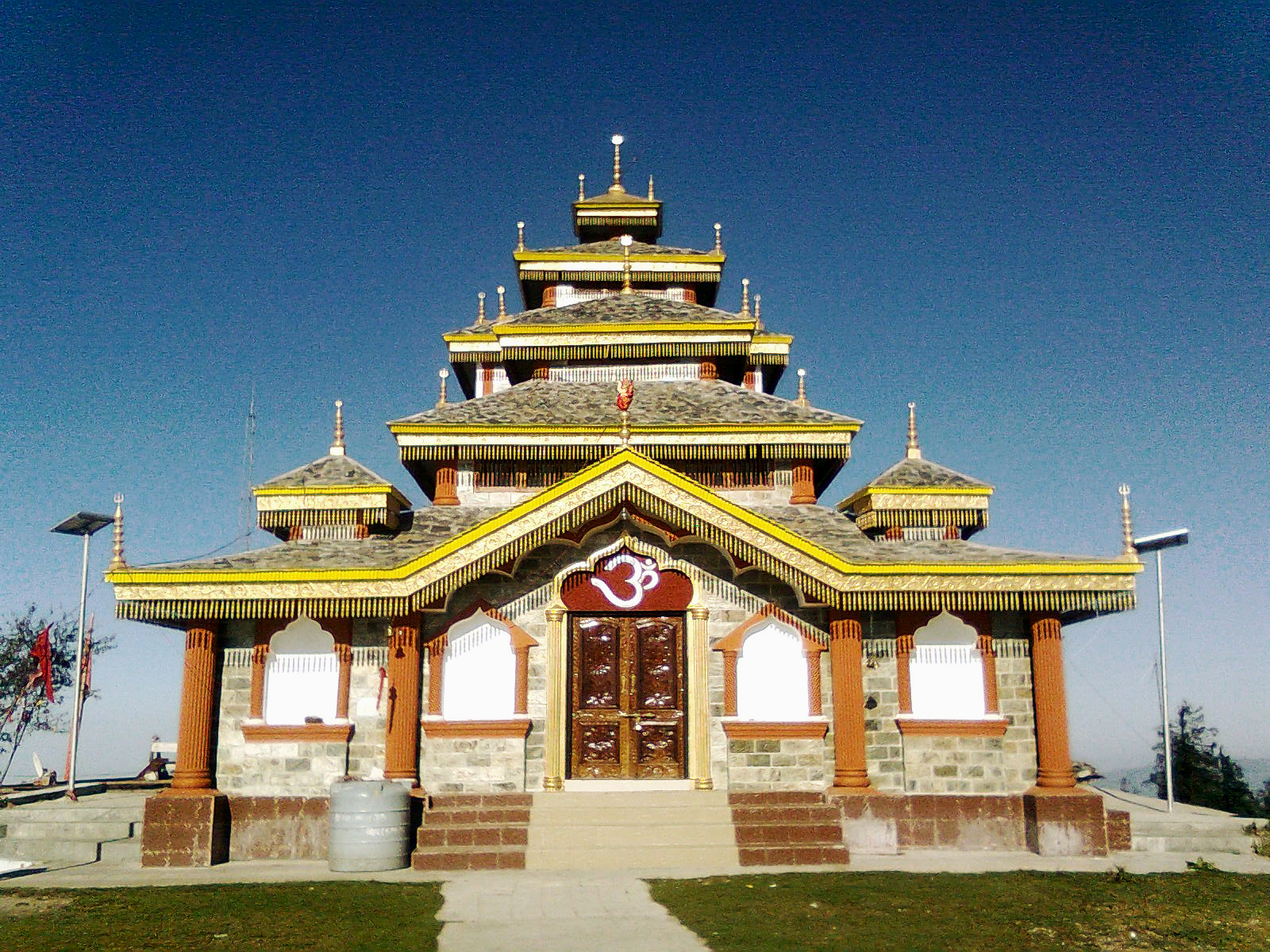 Surkanda Temple, Uttarakhand  IMAGES, GIF, ANIMATED GIF, WALLPAPER, STICKER FOR WHATSAPP & FACEBOOK