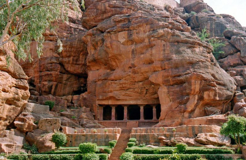 Badami Cave Temple - 15 Oldest Temples of the World