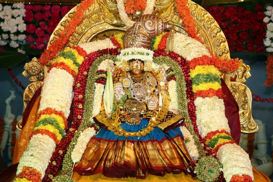 Sri Tiruchanoor Temple – Alamelu Mangapuram
