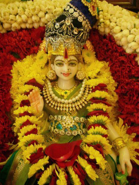 Goddess Annapurna Hindu God Of Food Story Photo Mantra Temples