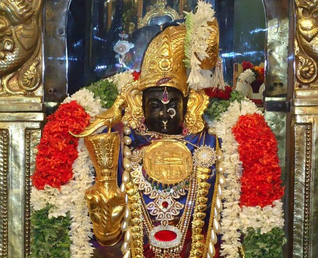 Amazing Facts about Indian temple - Srirangam Temple